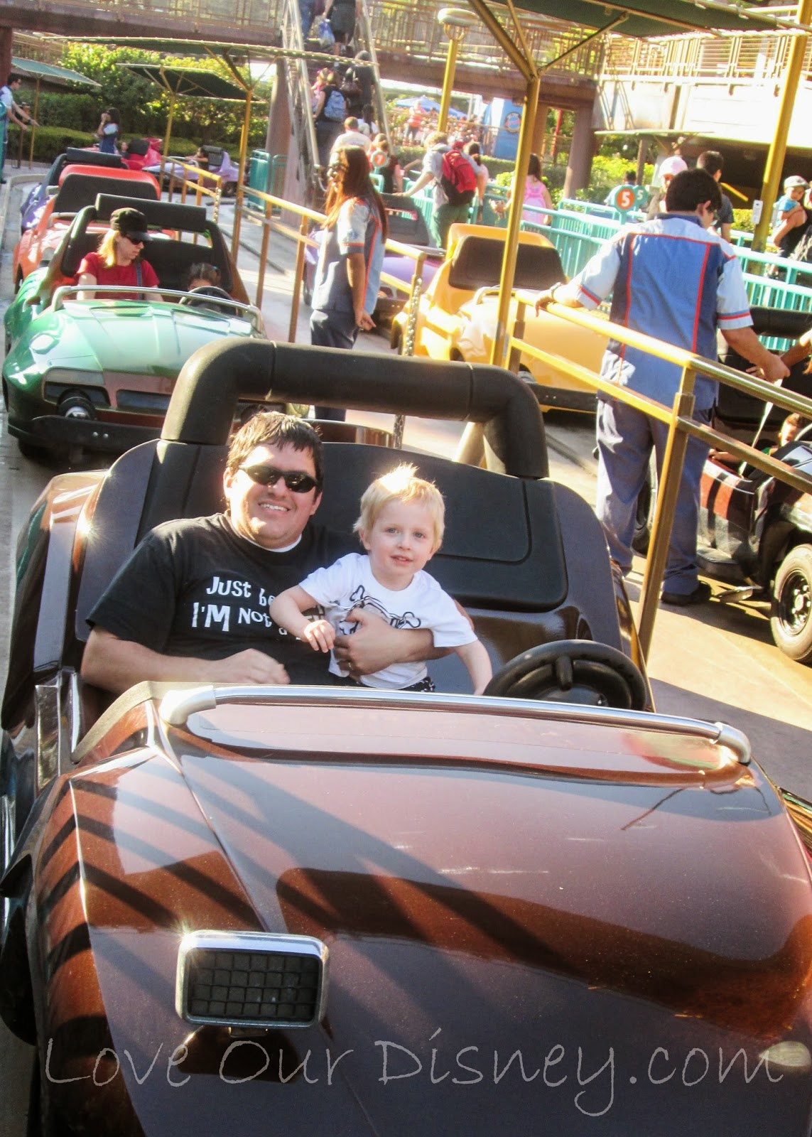Preschoolers love driving a car on Autopia and these other Disneyland rides. LoveOurDisney.com