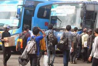 Ribuan Pendatang Baru Mengadu Nasib di Kota Bandung