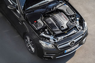 Mercedes-AMG CLS 53 Engine upside picture