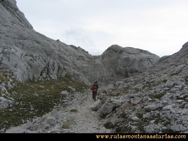 Ruta Pan de Carmen, Torre de Enmedio: Sendero a la collada de la Fragua
