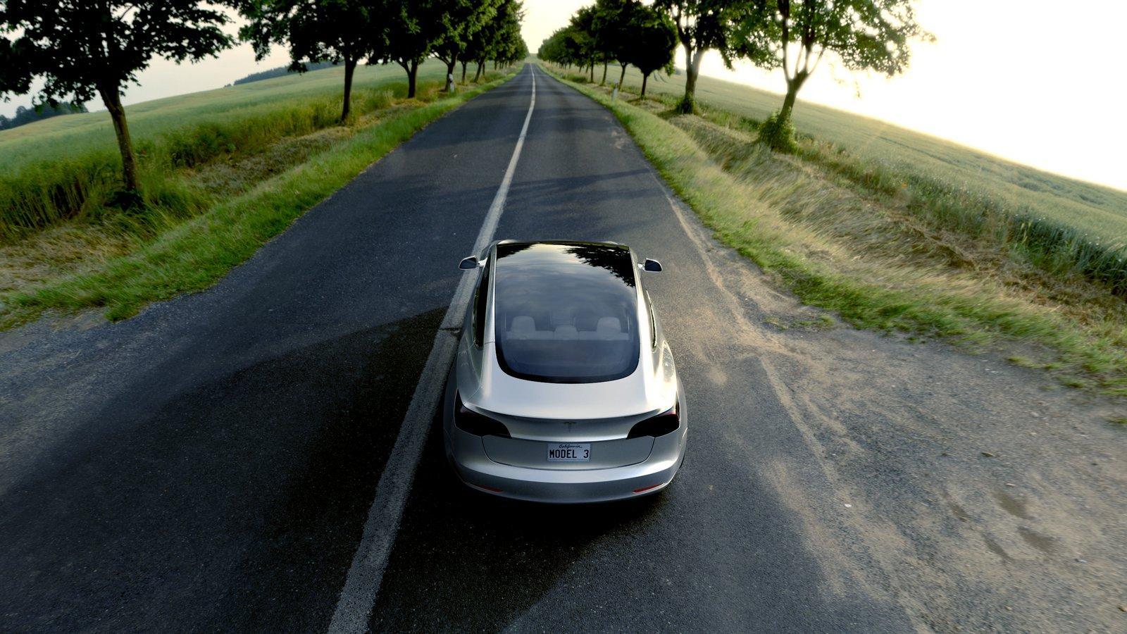 Электромобиль Tesla Model 3 со стеклянной крышей