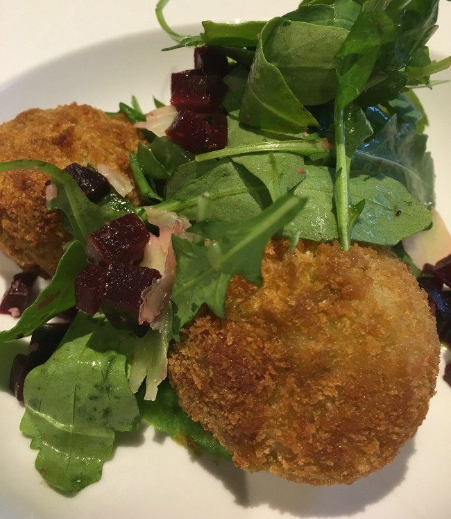 Jolyons-Number-10-Cathedral-road-cardiff-pre-theatre-supper-review-arancini