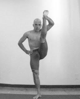 yoga su prÁctica y filosofÍa utthita hasta