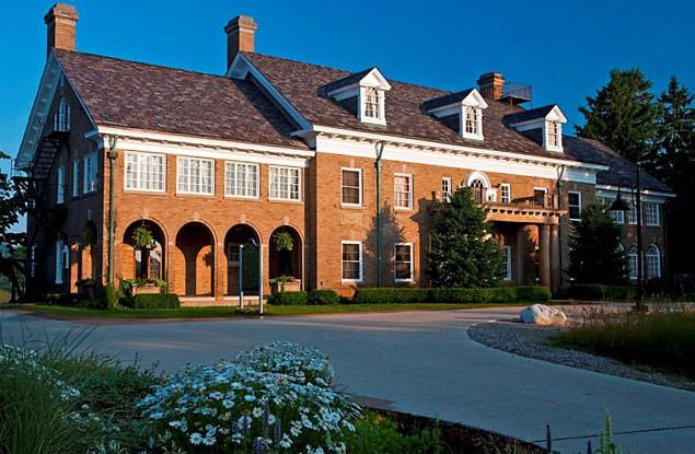 Haunted Dorr E. Felt Mansion in Michigan