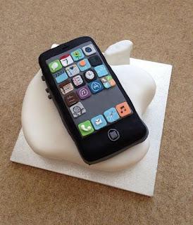 kue ulang tahun hp iphone 5 dan logo