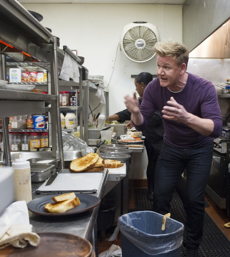 Watch Kitchen Nightmares Online: Gordon Ramsay's 24 Hours To Hell And Back
