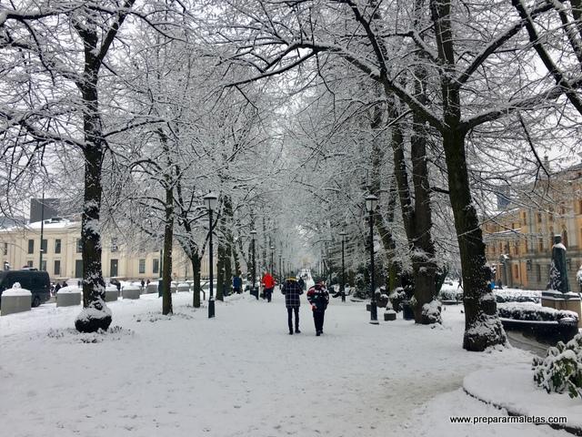 centro de Oslo nevado