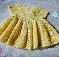 http://translate.google.es/translate?hl=es&sl=en&tl=es&u=http%3A%2F%2Fwww.crochet-patterns-free.com%2F2014%2F08%2Fbaby-dress-free-crochet-pattern-free.html