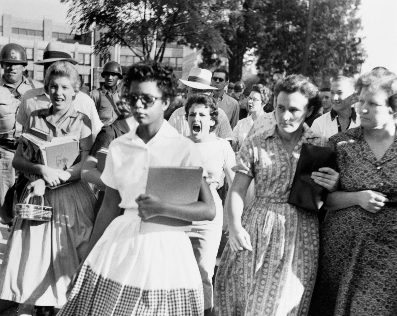 Elizabeth Eckford Running The Gauntlet Of Hatred As She Approached School Gates And Became One Most Iconic Images Twentieth Century