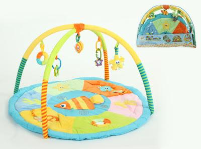 Яркий, красивый и многофункциональный развивающий коврик надолго займет ребенка и подарит маме несколько драгоценных свободных минут.