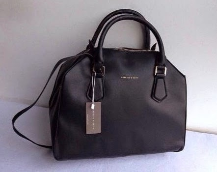 98fbcb61f896 Branded Bags Online  Purchase Charles and Keith Bags for exciting ...