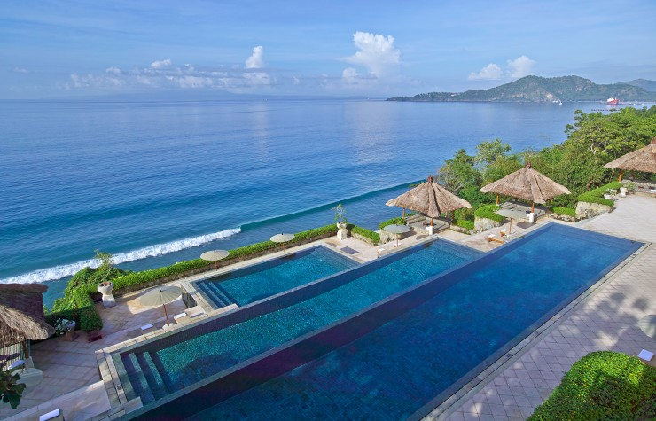 Top 10 Stunning Resorts in Bali - Amankila