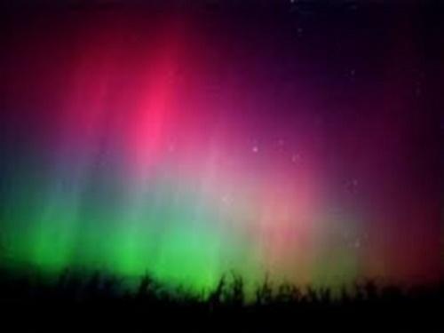 Aurora colorida. #PraCegoVer