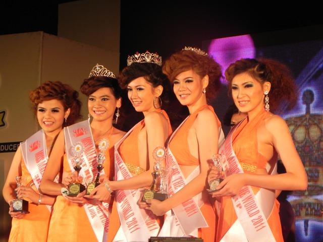renatodoxaguia: MISS SINGAPORE 2011 BEAUTY PAGEANT