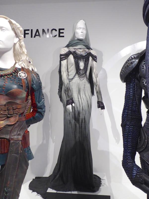 Jaime Murray Defiance Stahma Tarr costume