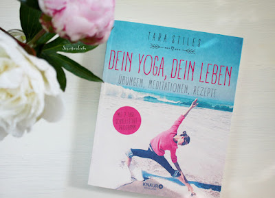 http://www.streifenliebe.de/2015/09/dein-yoga-dein-leben-leselust-smoothie.html