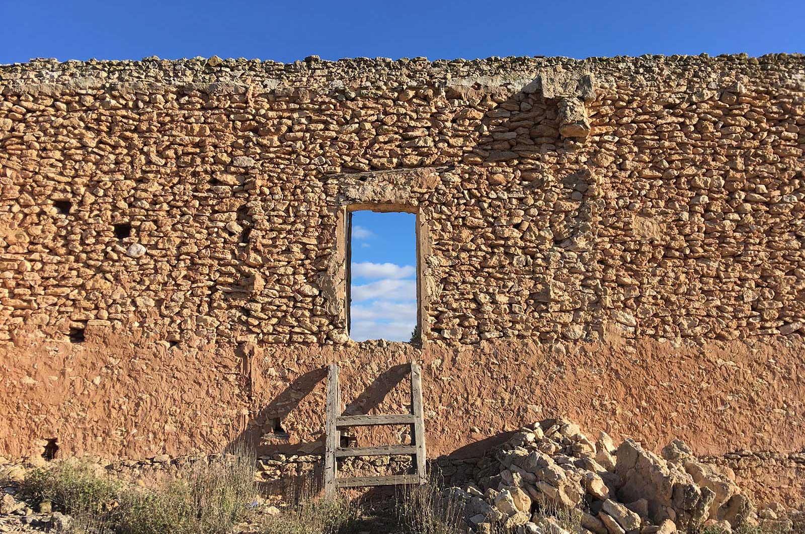 Muro posterior casa Hoya Mansorilla, Yecla, 2018