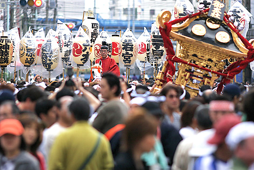 Tennousai (float parade) at Susanoo Jinja Shrine, Minamisenju, Arakawa, Tokyo