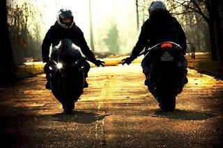amor de motociclista1 - Algo ficou para trás...