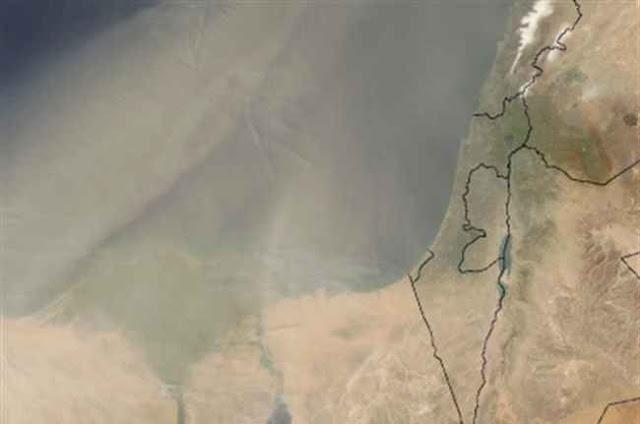 تحذير : رياح الخماسين المحملة بالأتربة تضرب محافظات مصر