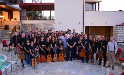 Συναυλία στο Ναύπλιο από το Βεροιώτικο μουσικό σύνολο Art Guitaristas