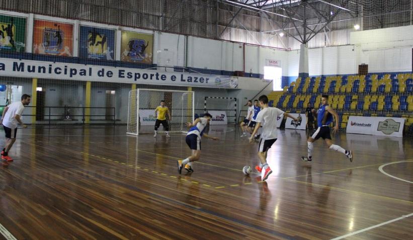 f91fa0076862f São José dos Pinhais Futsal faz último treino no Ney Braga e segue viagem  para o duelo contra o Matelândia