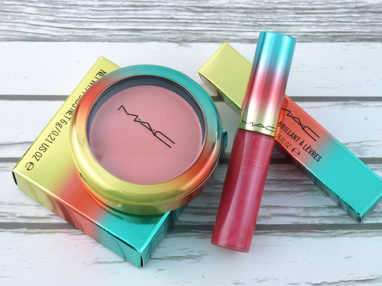 """Mac Wash & Dry Lipglass in """"Domestic Diva"""" & Powder Blush in """"Hipness"""": Review and Swatches"""