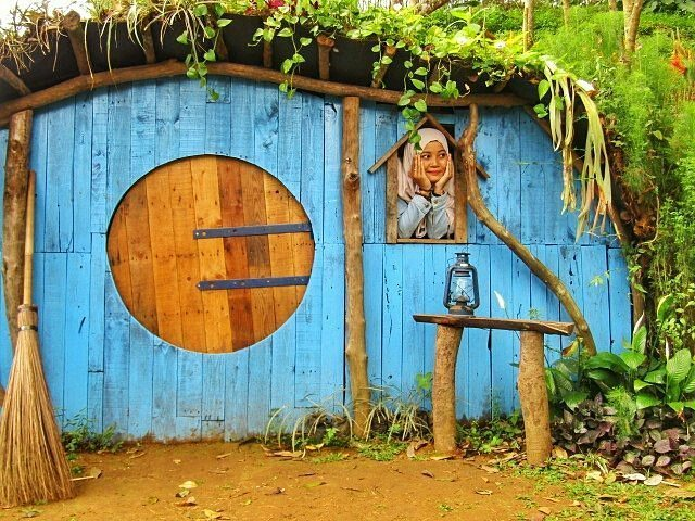 Rumah Hobbit Taman Nectar Wisata Agro Selopajang Timur (WAST) Blado Batang