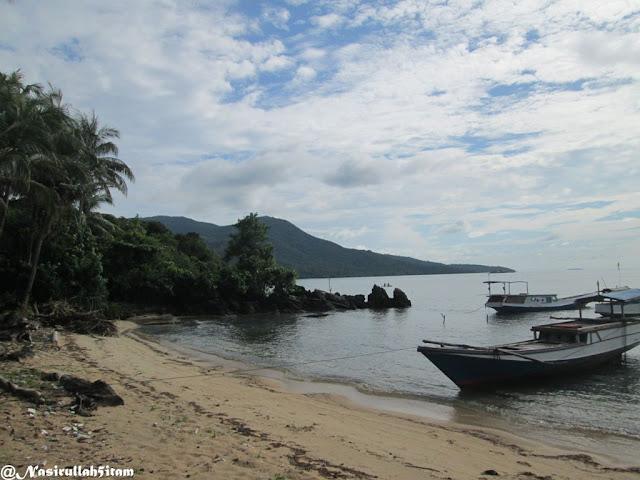 Pantai Pancuran Karimunjawa