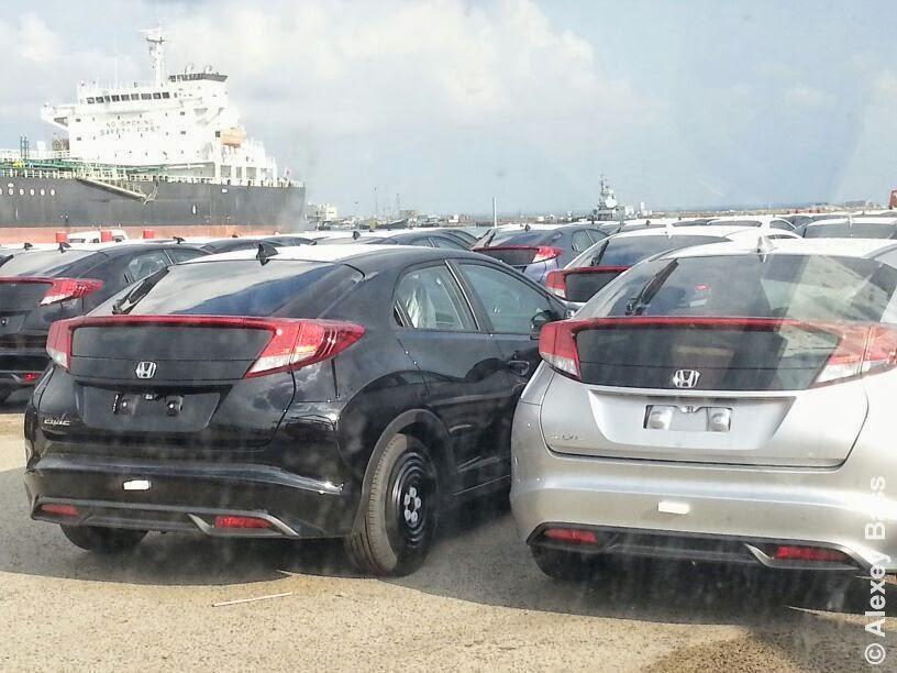 מגה וברק New Honda Civic Hatchback Mk9 2013: Hondas in Haifa Seaport ZI-06