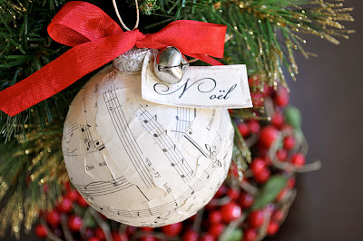 sheet+music+christmas+ornament+how+to+make.jpg