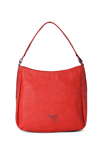 Hobo bag Red MRP2100