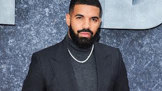 Drake white chain photo
