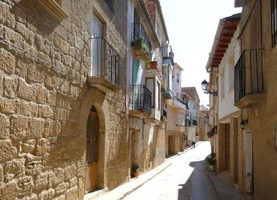 Calle mayor, Valdeltormo, la vall