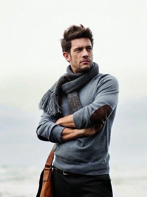 a cor inverno 2016. Suéter masculino cinza, camiseta cinza masculina