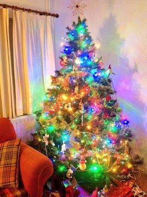 sparkling christmas tree