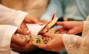 suami beri nafkah pada isteri