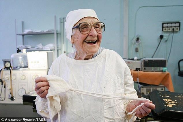 Russia's oldest working surgeon