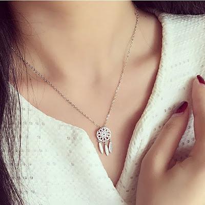 collier cadeau femme pas cher