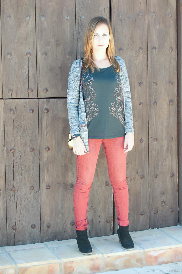 Look pantalones rojos + rebeca étnica - NO SOY TU ESTILO