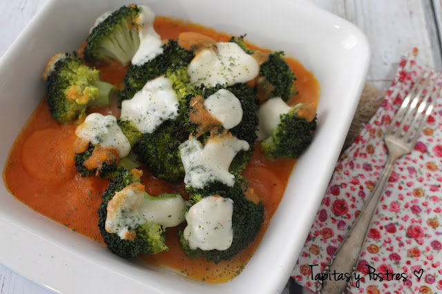 Brócoli gratinado con tomate Tapitas y Postres