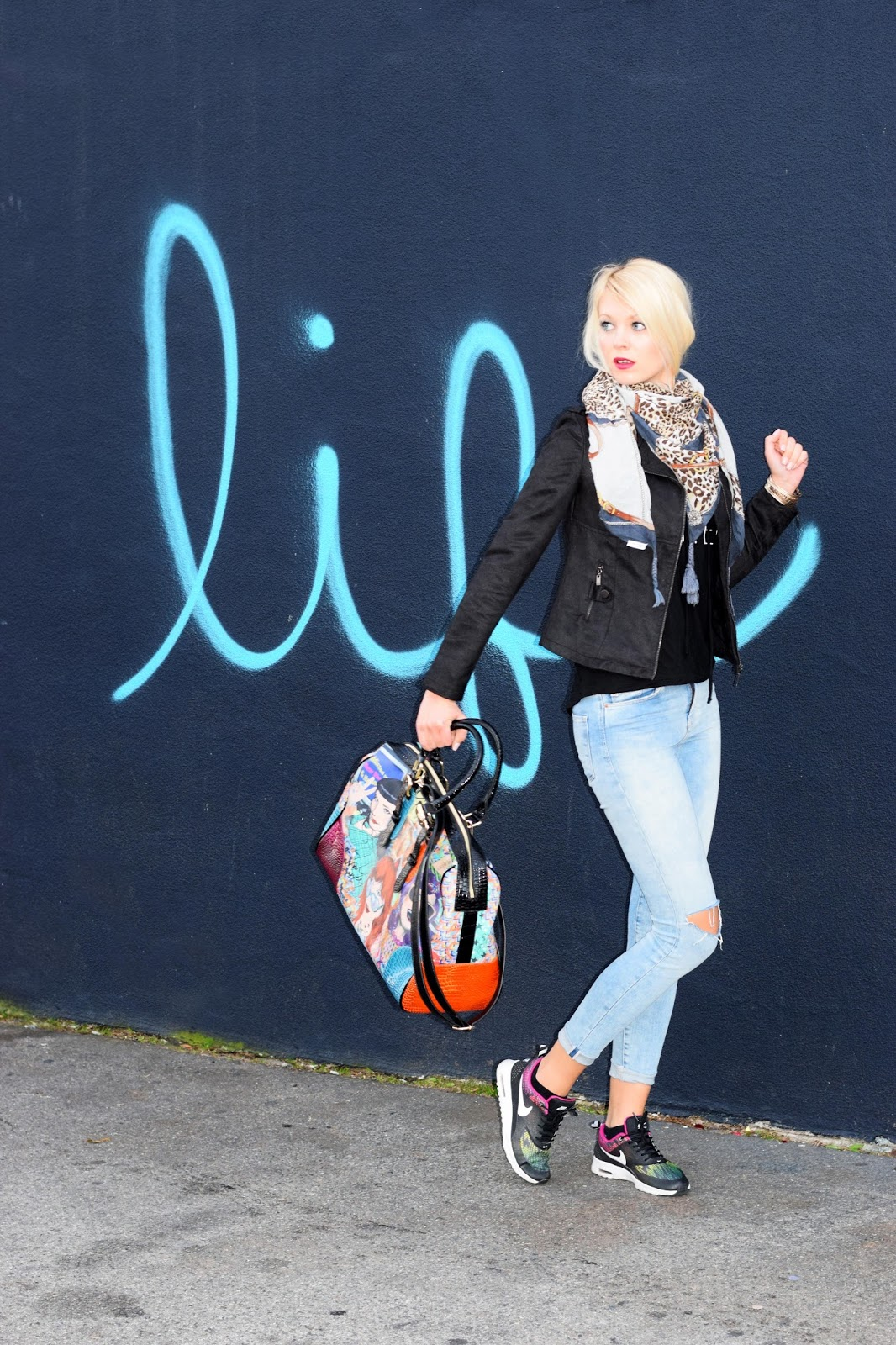 Nicole lee, weekender, purse, travel, funky design, on the go