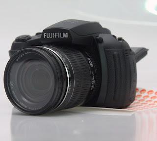 Jual Kamera Fujifilm HS25 EXR