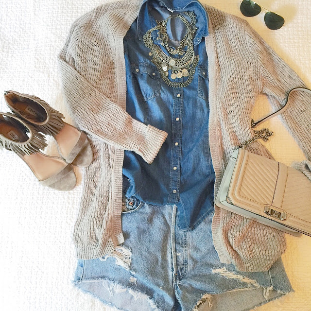 spring denim outfit with fringe heels and long cardigan