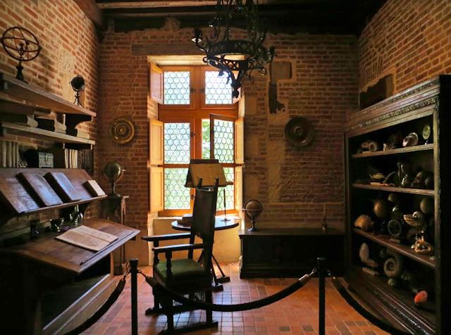 Leonardo da Vinci house