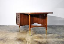 Select Modern Alma Large Boomerang Executive Desk