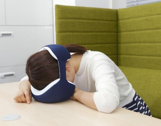 15 Gadgets That Makes Napping Easy While Traveling