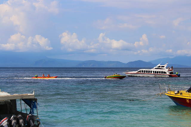 banana boat pelabuhan buyuk