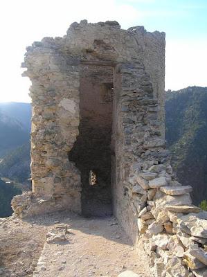 Beseit, Fortins de Cabrera, fortines de Ramón Cabrera , Beceite, ruinas, piedras, detalle