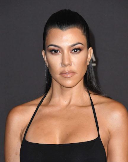 https://www.aruescribir.com/2019/04/kourtney-kardashian-keeping-up-with.html